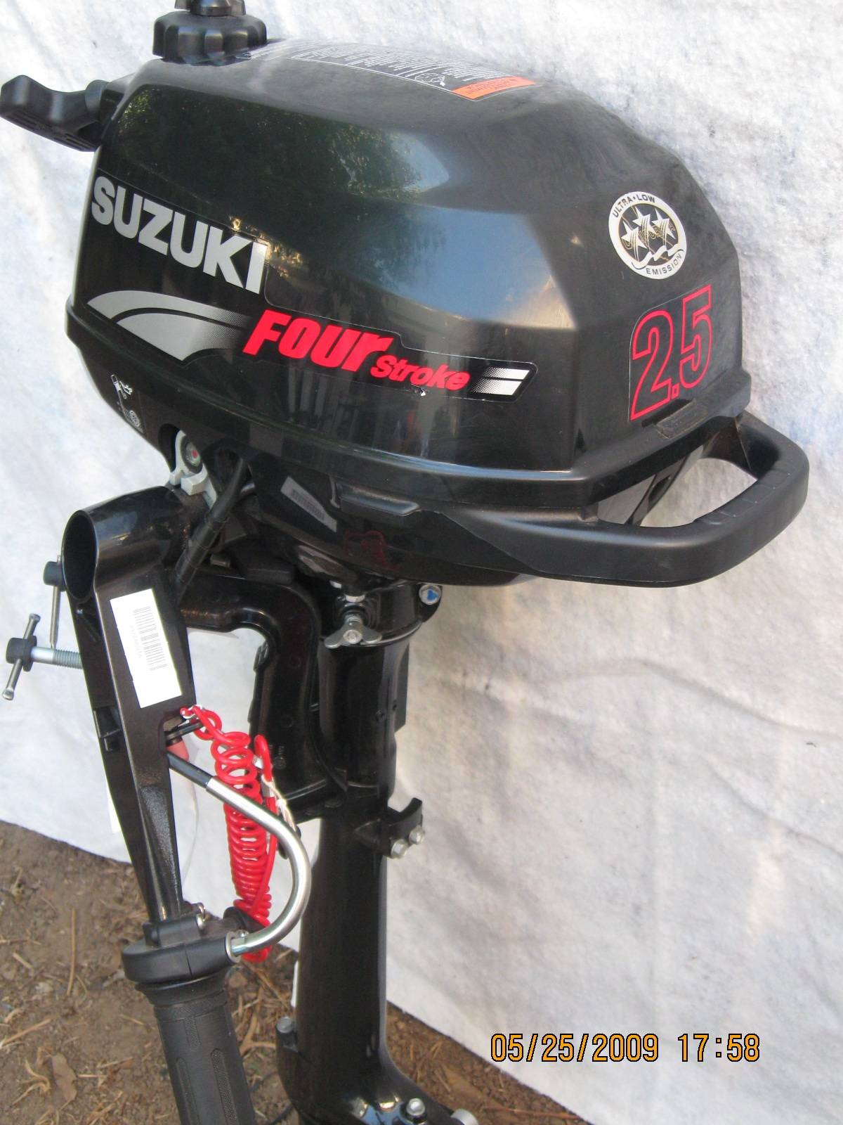 2007 Suzuki 2 5 Hp Four Stroke Outboard Motor Bloodydecks