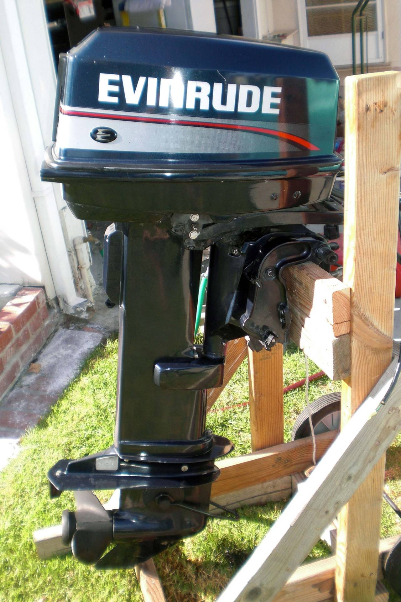 1995 Evinrude 25hp Long Shaft