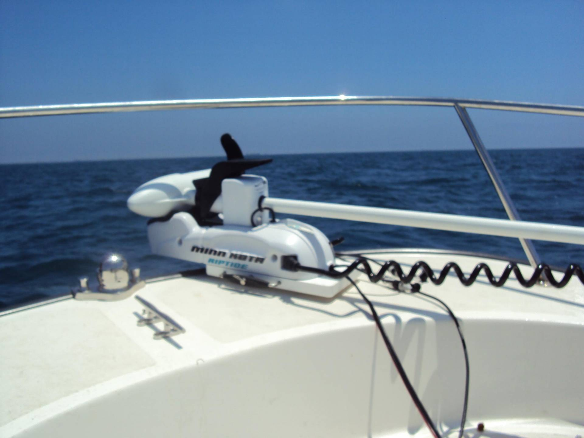 Bow trolling motor port side or starboard side - What side is port and starboard on a boat ...