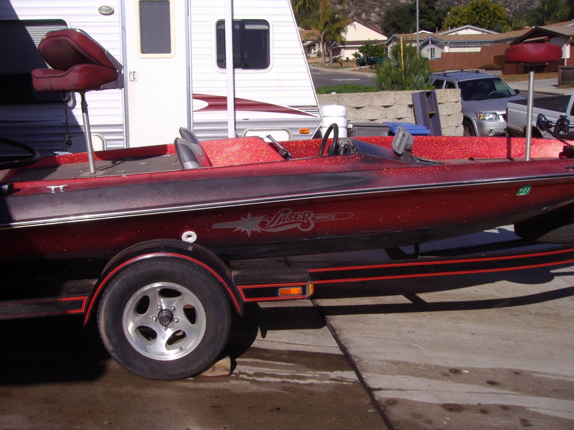Bass Boat 18 Laser W 150 Merc Bloodydecks