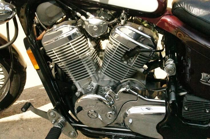 95 Honda Shadow VLX Deluxe Clean Low Miles | Bloodydecks