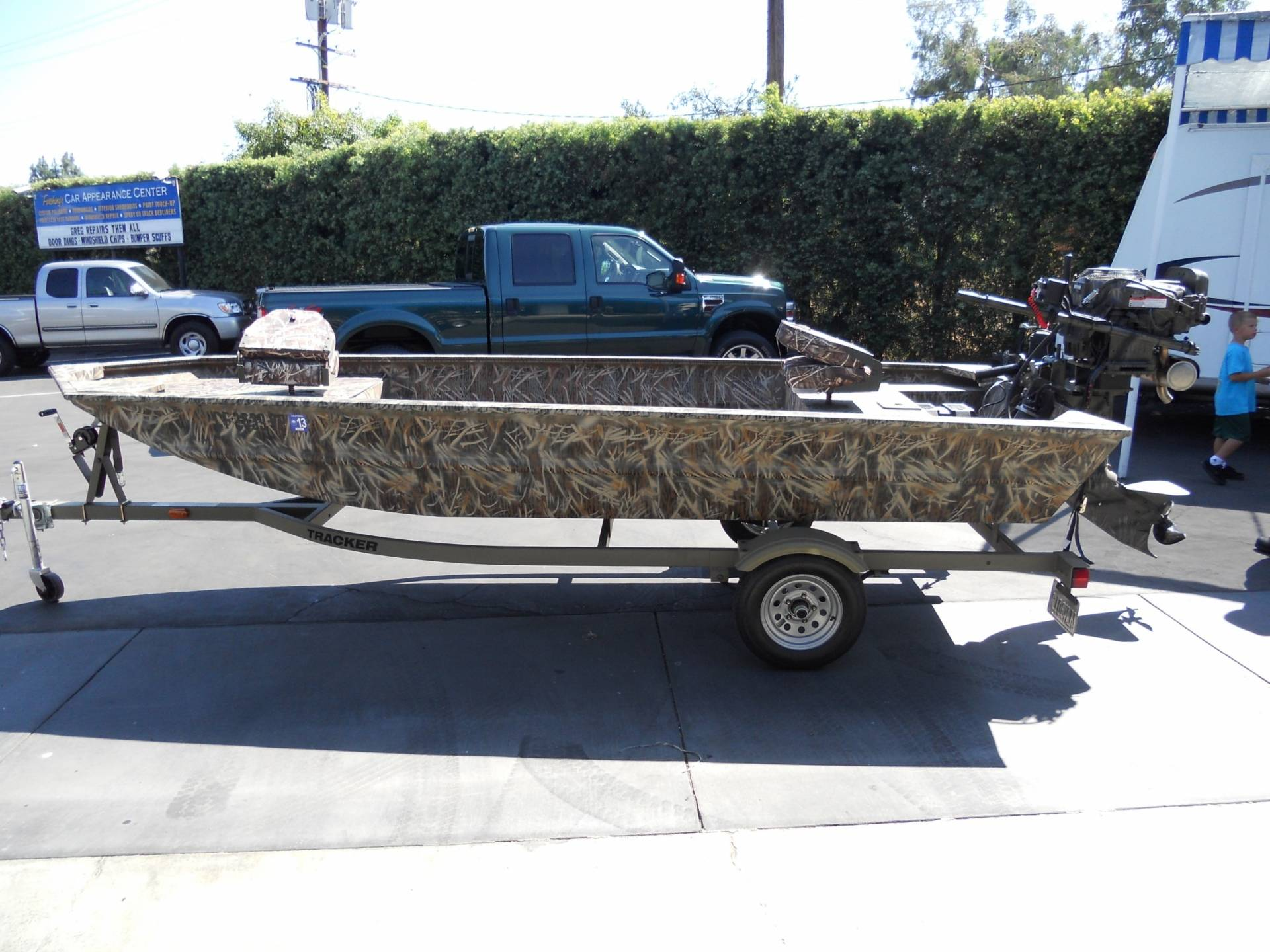 Tracker Grizzly Boats