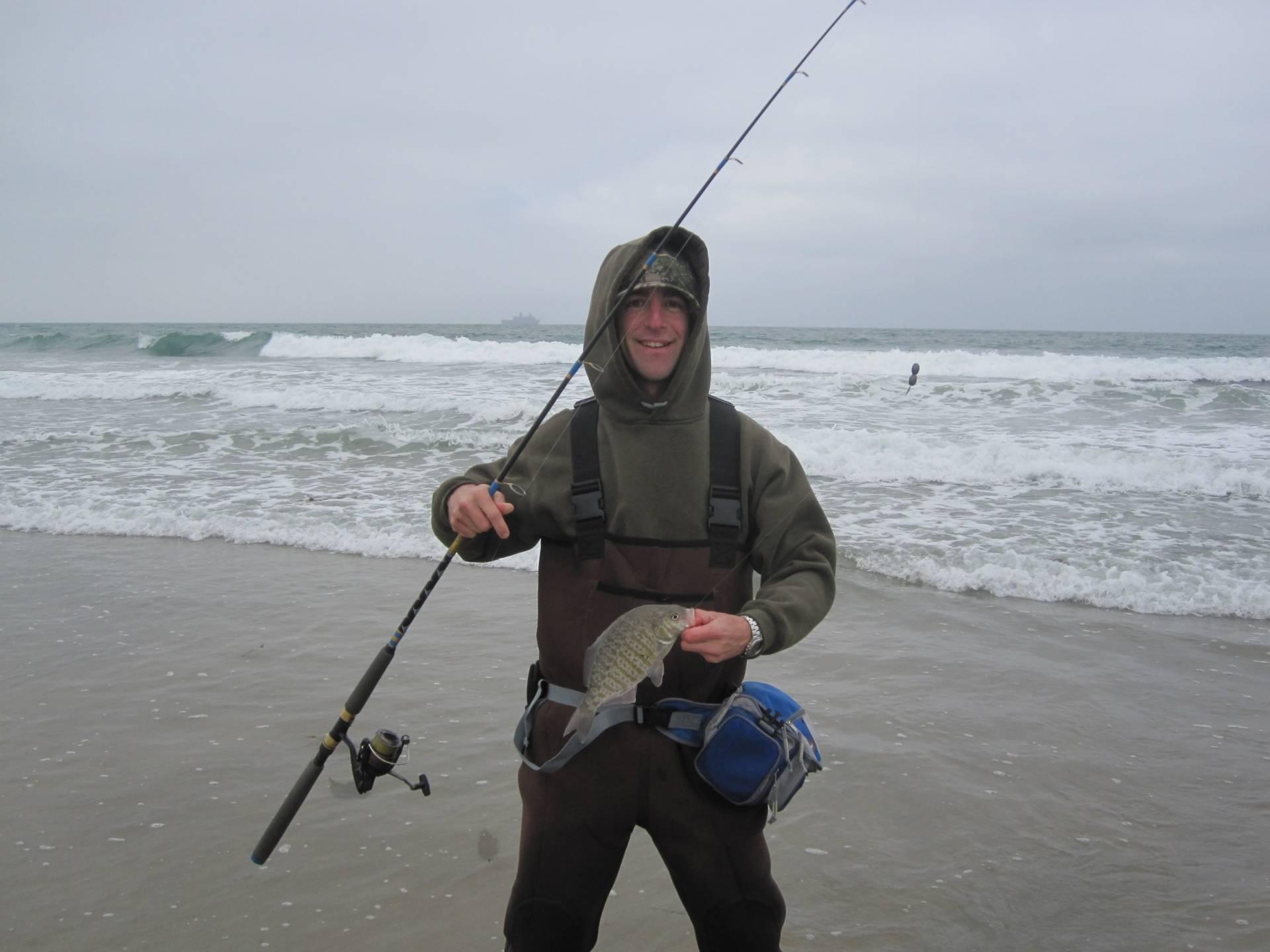 Surf fishing waist tackle bag bloodydecks for Surf fishing lures