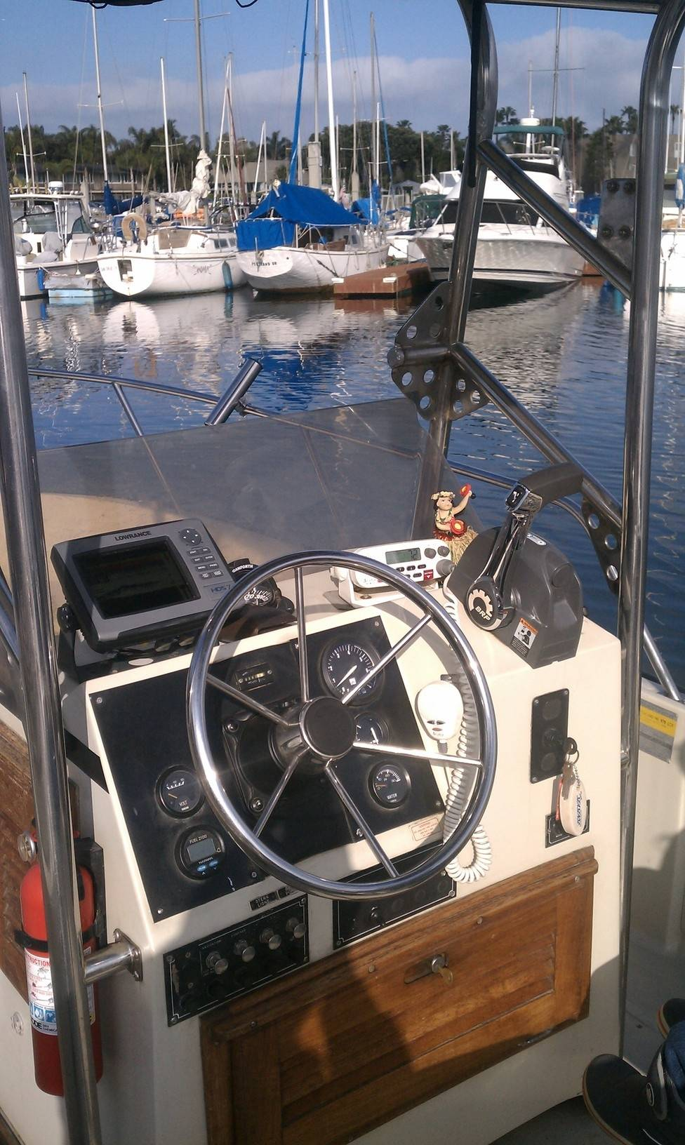 Boston Whaler Outrage 18 FOR SALE | Bloodydecks