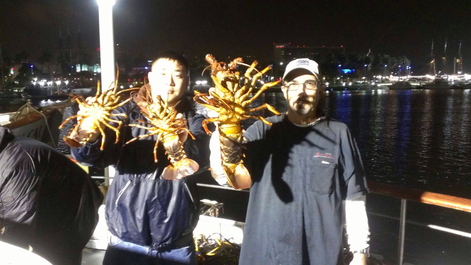 Gail Force 10.6lb Lobster | Bloodydecks