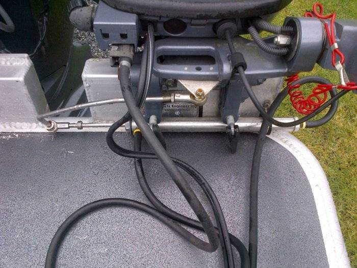 Splitting fuel line to connect to kicker motor