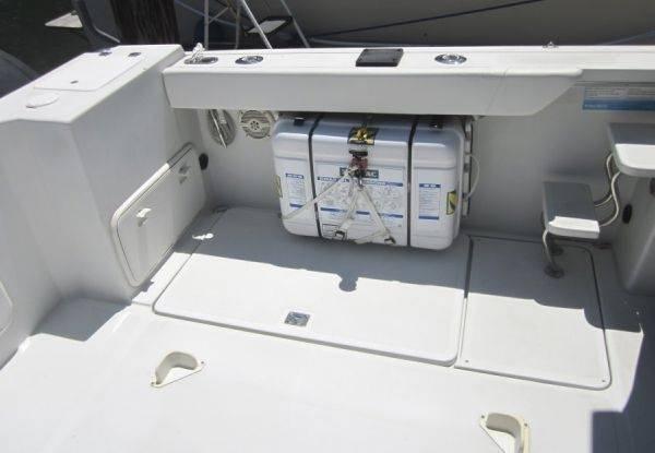 SOLD  Zodiac 4-Person Emergency Life Raft w/SS Mounting