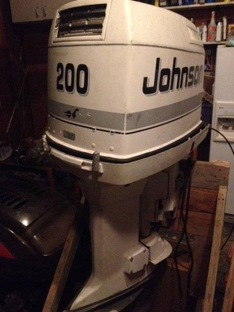 SOLD 1991 Johnson 200 HP V6 Outboard Engine Price lowered to