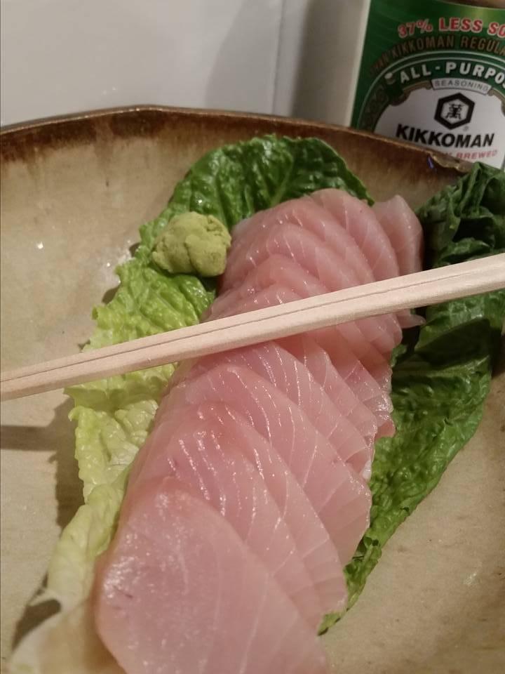 yellowtail sashimi.jpg