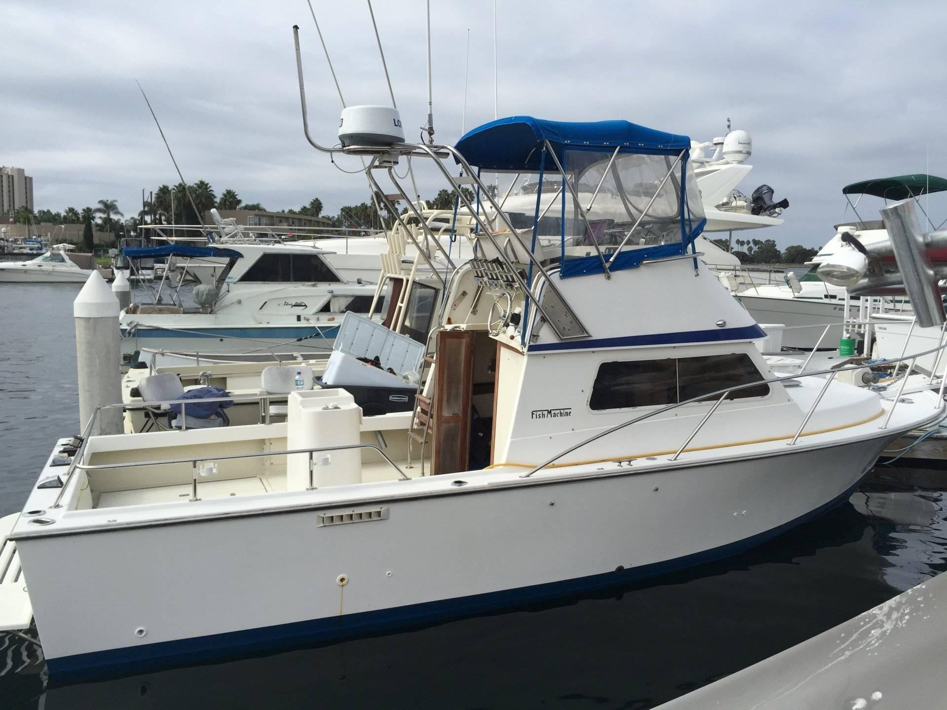 150 Gallon Fuel Tank For Sale >> Blackman 26 Billfisher Fish Machine $42,000 Mission Bay | Bloodydecks