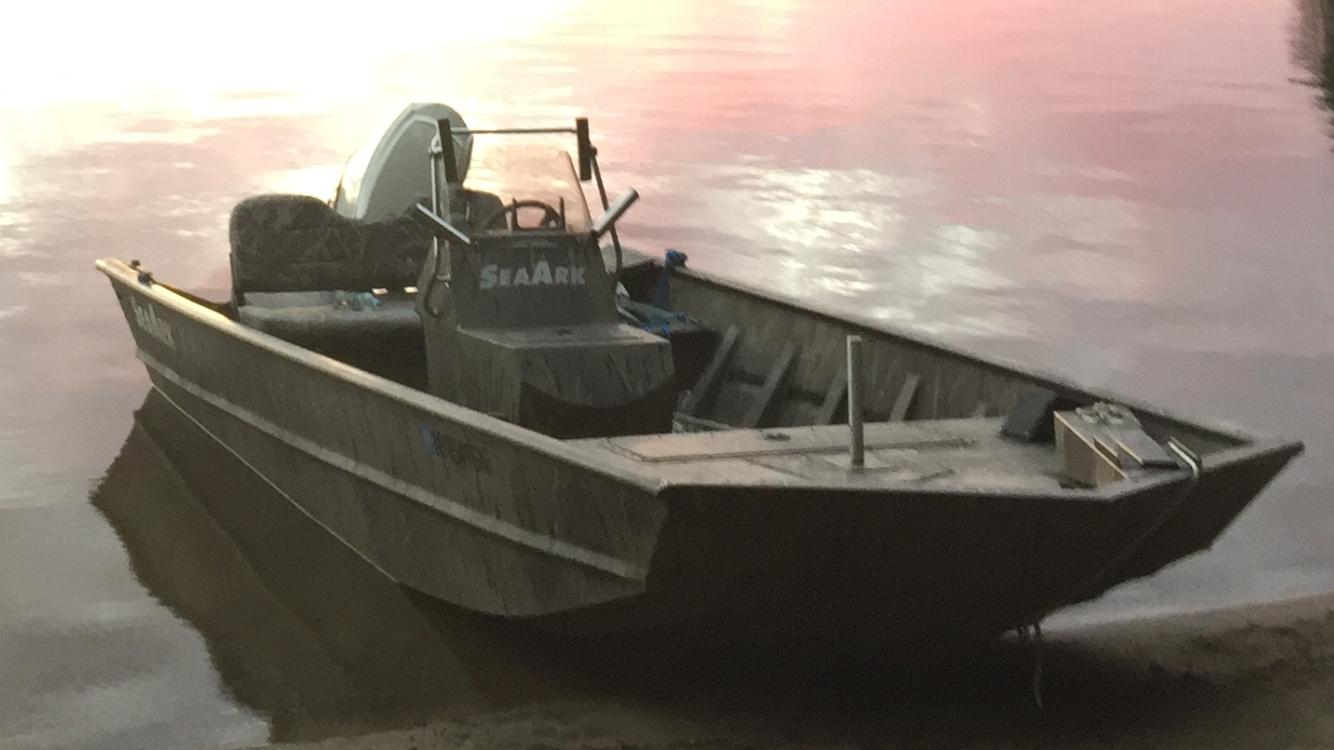 Seaark 1872mv Cc W 115 Evinrude Etec Bloodydecks