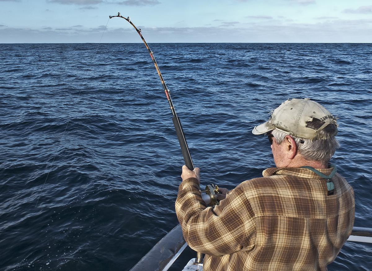Fighting a 100 lb Bluefin (2).jpg