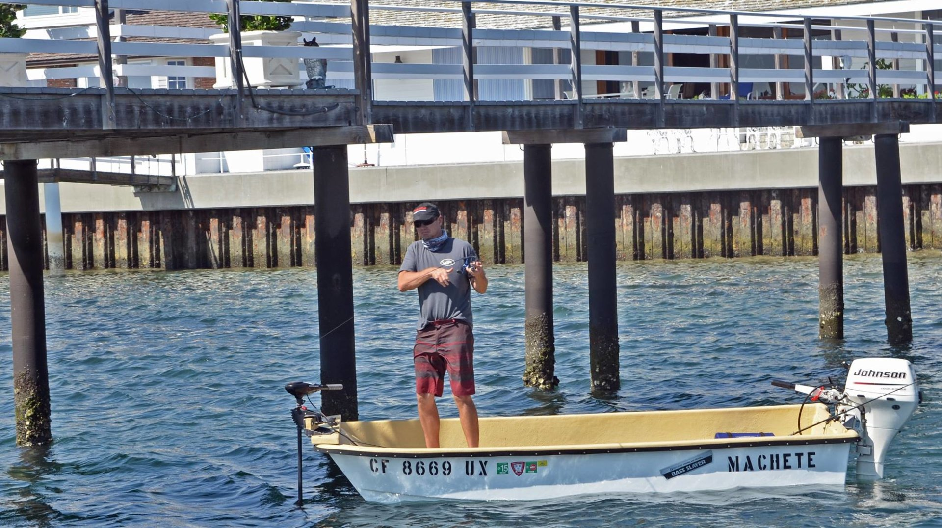 2016 the fishing year in pictures bloodydecks for Newport harbor fishing