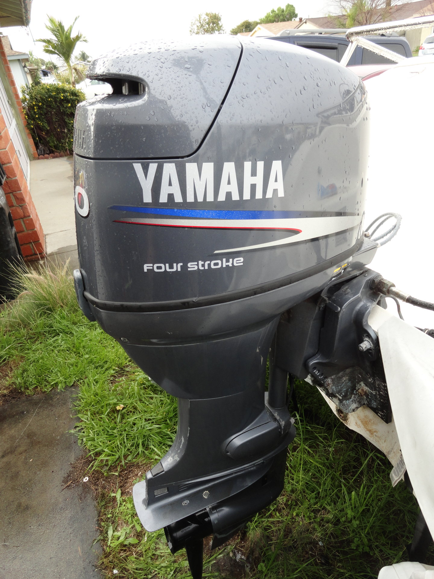 Yamaha f50 outboard fourstroke 50 hp 20 shaft bloodydecks for Yamaha outboard service san diego