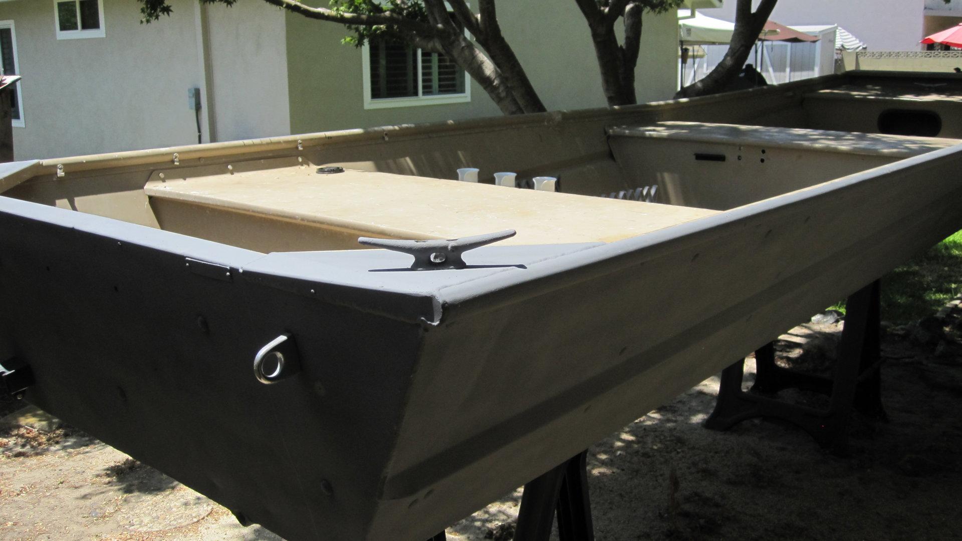 jboat paint 008.JPG