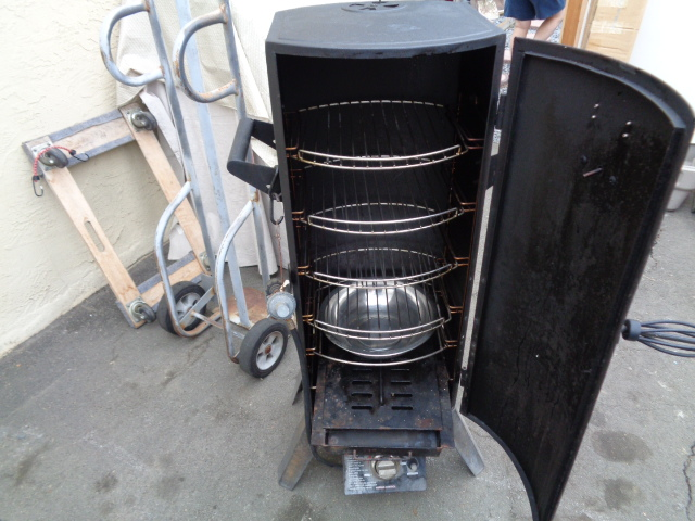 Bbq Grillware Propane Smoker For Sale Bloodydecks