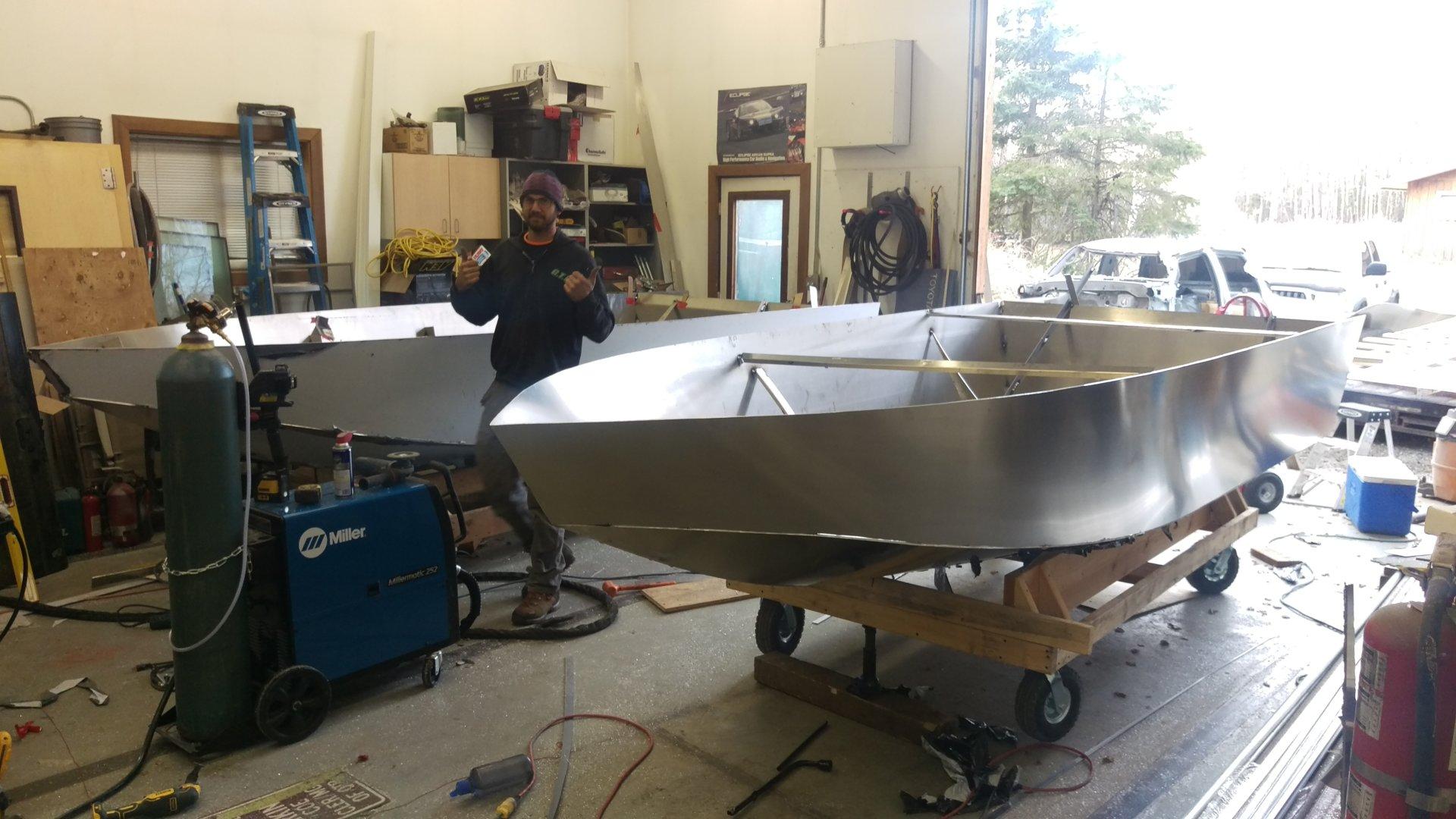 14' Mini Jet boat build 200hp | Bloodydecks