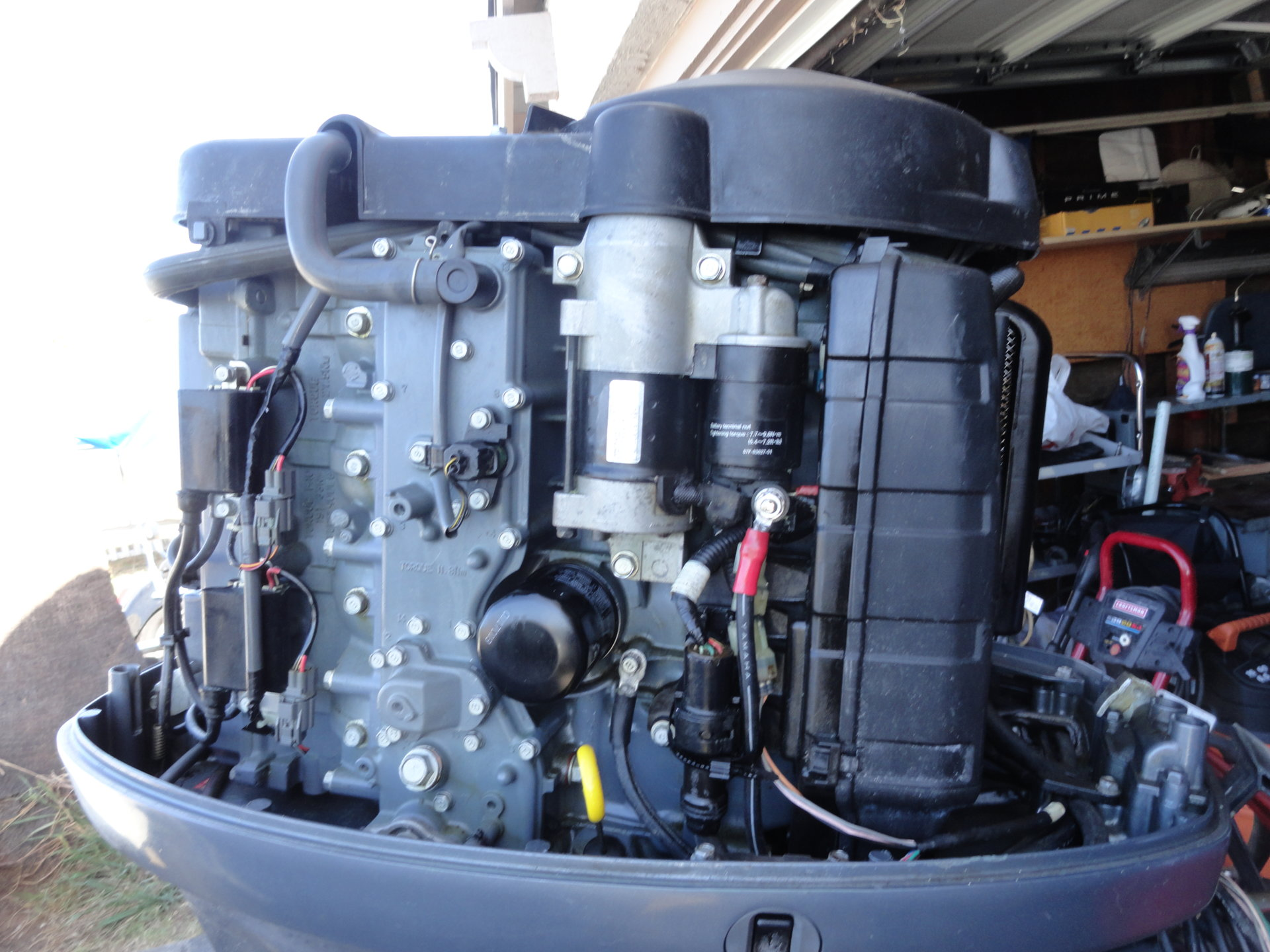 yamaha f115 fourstroke outboard fuel injected   full
