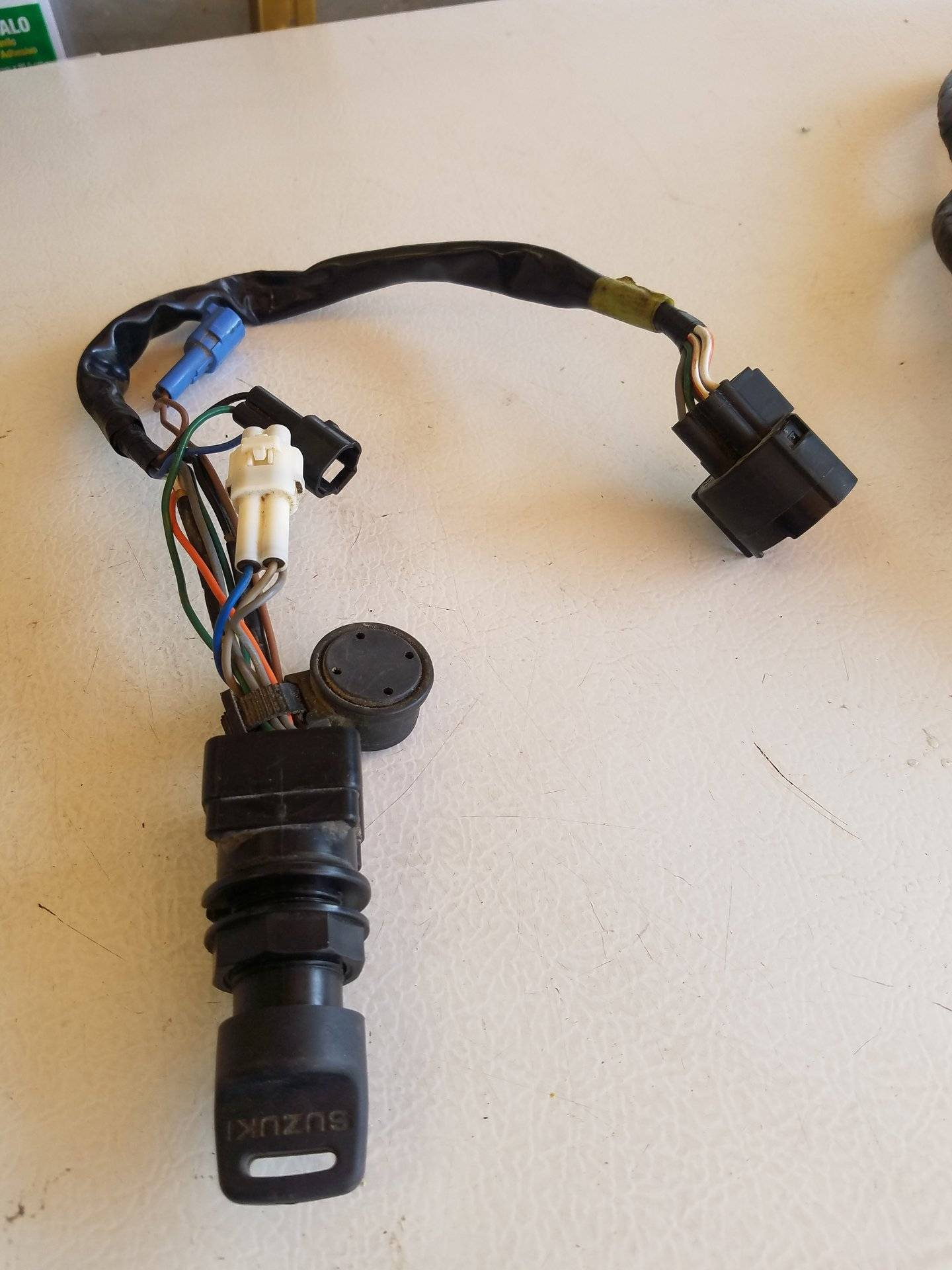 suzuki outboard ignition switch w/key, wiring harness $50