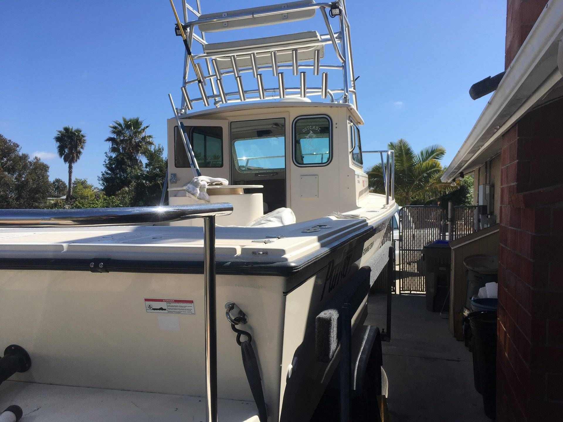 For Sale - 2006 Parker 2320 Loaded Tower Electronic Yamaha