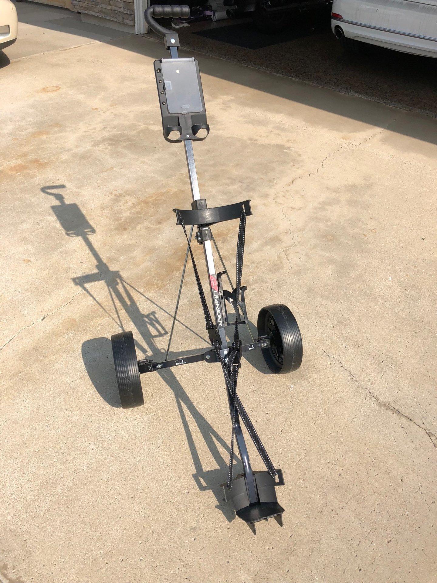golfcart1.jpg