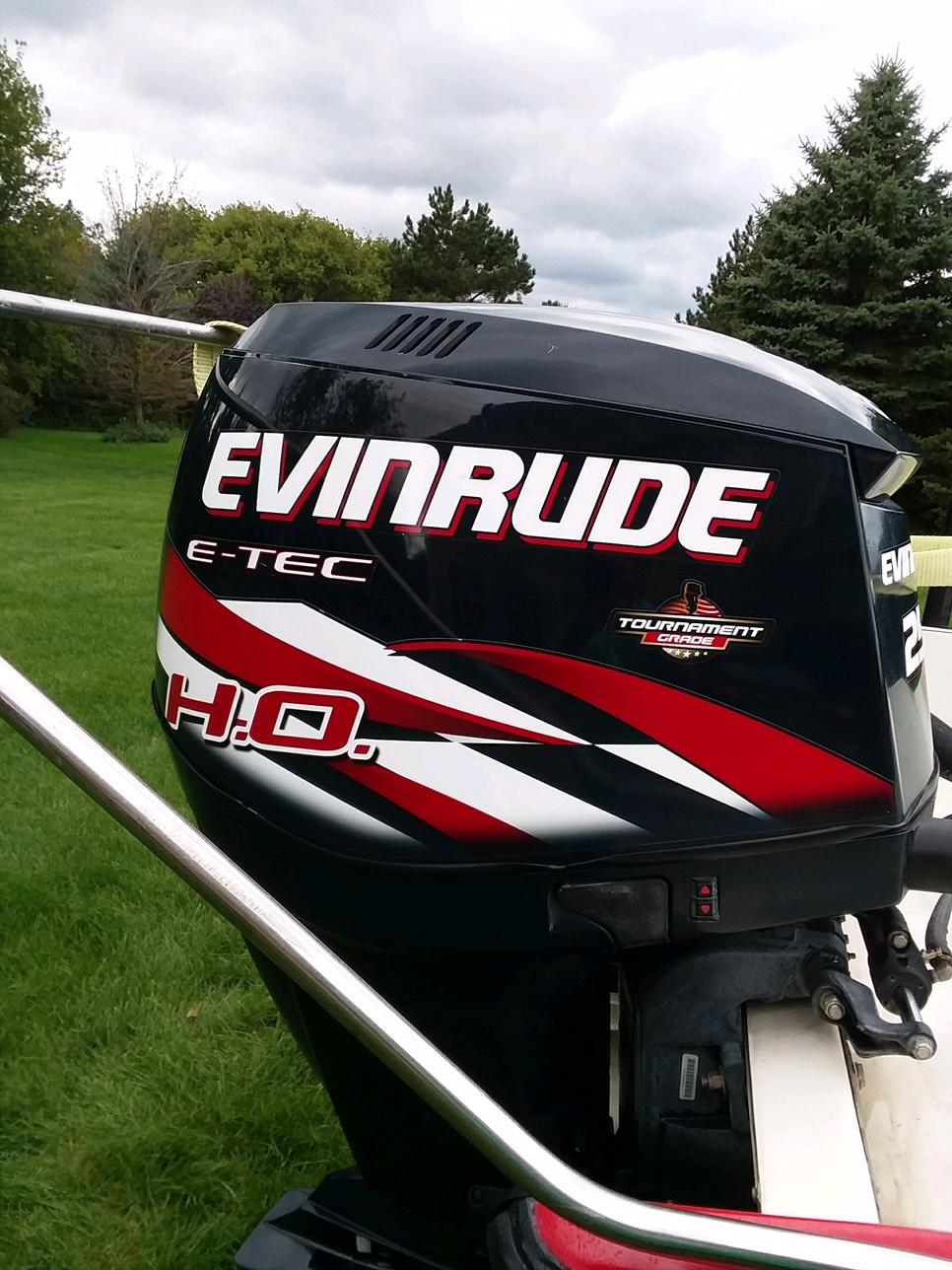 SOLD - 2013 Evinrude E-TEC 250 H O    Bloodydecks